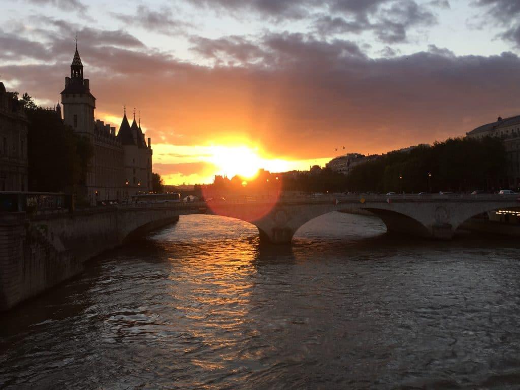 Soleil couchant sur Seine 1600x1200
